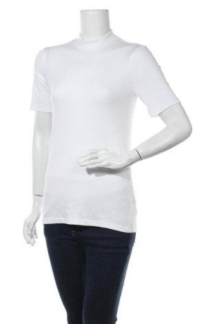 Дамска блуза Pieces, Размер M, Цвят Бял, 52% лиосел, 43% вискоза, 5% еластан, Цена 28,50лв.