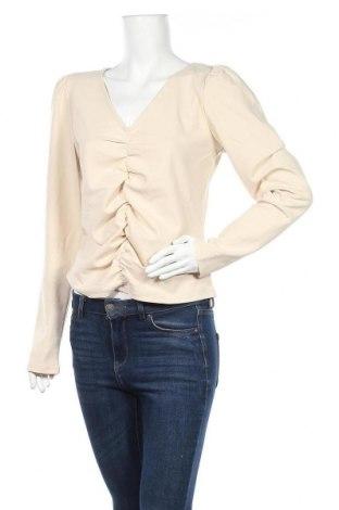 Γυναικεία μπλούζα Pieces, Μέγεθος M, Χρώμα  Μπέζ, 95% πολυεστέρας, 5% ελαστάνη, Τιμή 9,28€