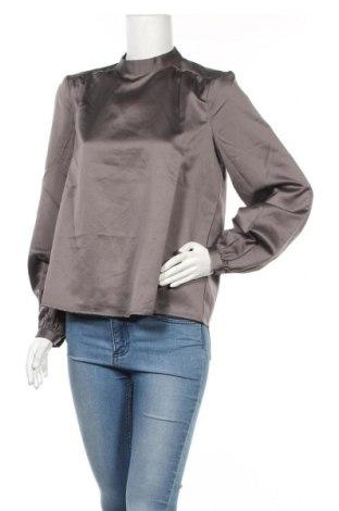 Γυναικεία μπλούζα Vero Moda, Μέγεθος M, Χρώμα Γκρί, Πολυεστέρας, Τιμή 2,16€