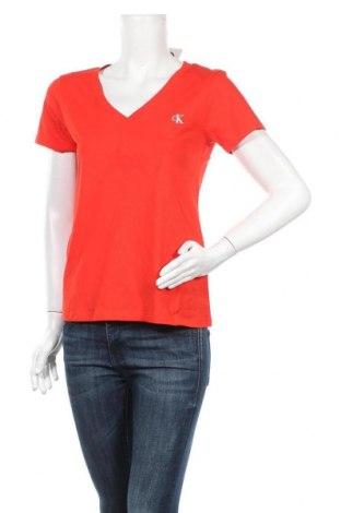 Дамска тениска Calvin Klein Jeans, Размер M, Цвят Червен, 95% памук, 5% еластан, Цена 66,75лв.