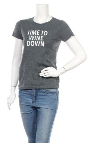 Дамска тениска Gildan, Размер S, Цвят Син, Цена 14,28лв.