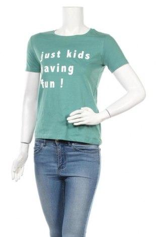 Дамска тениска Pull&Bear, Размер S, Цвят Зелен, Памук, Цена 15,37лв.