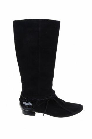 Дамски ботуши Lacoste, Размер 37, Цвят Черен, Естествен велур, Цена 92,00лв.