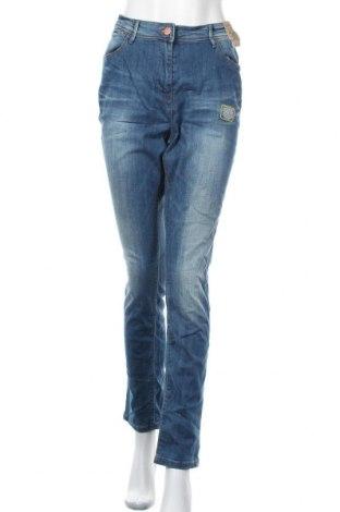 Дамски дънки, Размер XL, Цвят Син, 98% памук, 2% еластан, Цена 43,05лв.
