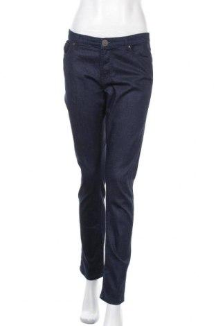 Дамски дънки, Размер XL, Цвят Син, 92% памук, 6% полиестер, 2% еластан, Цена 23,63лв.