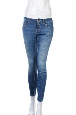 Дамски дънки Closed, Размер S, Цвят Син, 92% памук, 8% еластан, Цена 126,75лв.