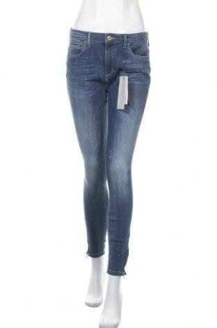 Дамски дънки ONLY, Размер M, Цвят Син, 84% памук, 14% полиестер, 2% еластан, Цена 22,40лв.