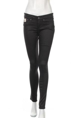 Дамски дънки Pepe Jeans, Размер L, Цвят Черен, 64% памук, 32% полиестер, 4% еластан, Цена 36,40лв.