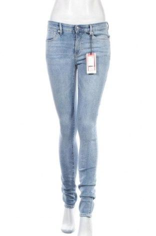 Дамски дънки S.Oliver, Размер S, Цвят Син, 99% памук, 1% еластан, Цена 26,88лв.