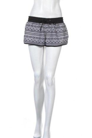 Γυναικείο κοντό παντελόνι, Μέγεθος M, Χρώμα Μαύρο, Τιμή 3,86€