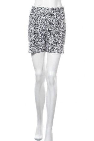 Γυναικείο κοντό παντελόνι, Μέγεθος S, Χρώμα Λευκό, Τιμή 6,82€