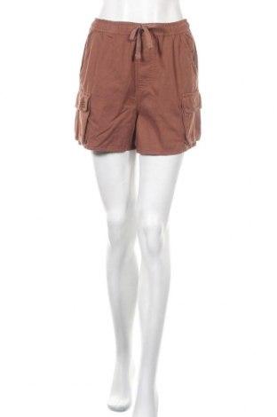 Γυναικείο κοντό παντελόνι BDG, Μέγεθος S, Χρώμα Καφέ, Βαμβάκι, Τιμή 13,86€