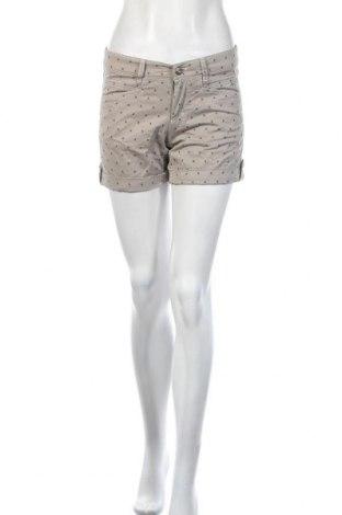 Дамски къс панталон Bogner, Размер S, Цвят Бежов, 91% памук, 7% полиестер, 2% еластан, Цена 27,30лв.