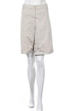 Γυναικείο κοντό παντελόνι Brax, Μέγεθος 3XL, Χρώμα  Μπέζ, 97% βαμβάκι, 3% ελαστάνη, Τιμή 15,07€