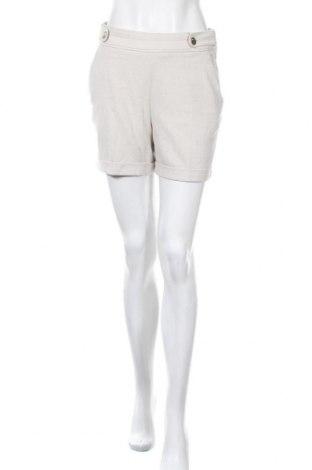 Γυναικείο κοντό παντελόνι H&M, Μέγεθος S, Χρώμα  Μπέζ, 64% πολυεστέρας, 34% βισκόζη, 2% ελαστάνη, Τιμή 11,58€