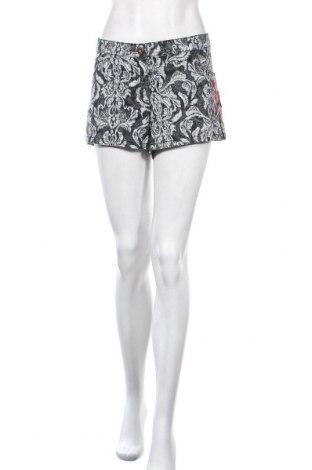 Γυναικείο κοντό παντελόνι H&M, Μέγεθος XL, Χρώμα Μαύρο, 98% βαμβάκι, 2% ελαστάνη, Τιμή 9,35€