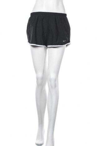Γυναικείο κοντό παντελόνι Nike, Μέγεθος L, Χρώμα Μαύρο, Πολυεστέρας, Τιμή 13,64€