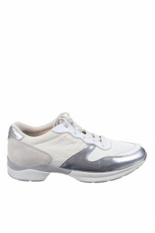 Дамски обувки Tod's, Размер 36, Цвят Бежов, Текстил, естествен велур, естествена кожа, Цена 75,60лв.