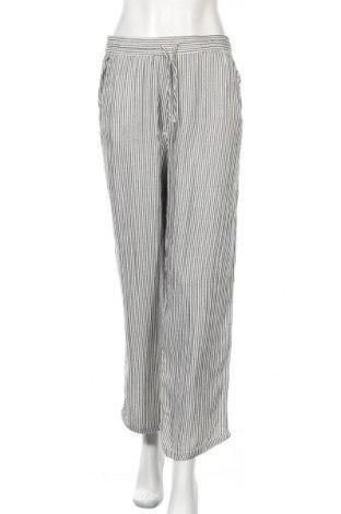 Дамски панталон H&M L.O.G.G., Размер M, Цвят Бял, Цена 27,30лв.