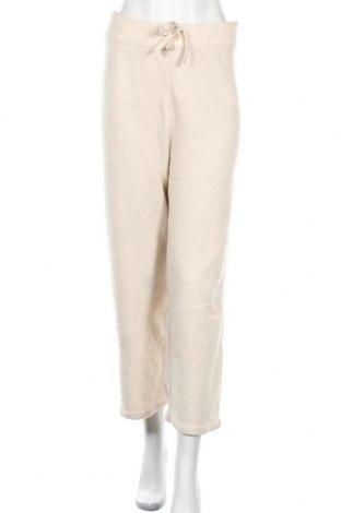 Дамски панталон Monki, Размер XS, Цвят Бежов, 53% полиестер, 37% акрил, 5% вълна, 5% еластан, Цена 24,32лв.