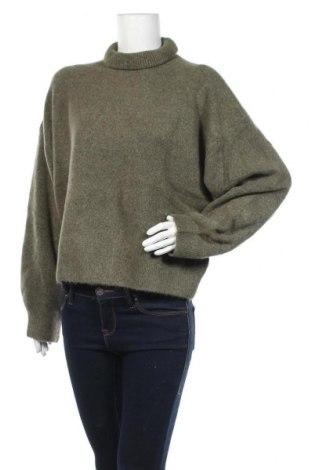 Дамски пуловер Weekday, Размер L, Цвят Зелен, 58% акрил, 32% полиамид, 5% еластан, 5% вълна, Цена 23,20лв.