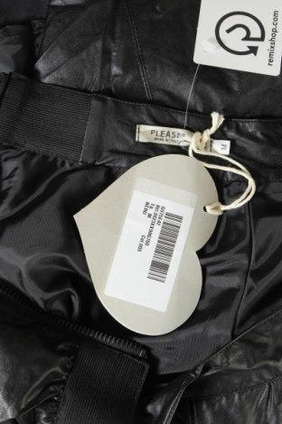 Кожена пола Please, Размер M, Цвят Черен, Еко кожа, Цена 13,77лв.