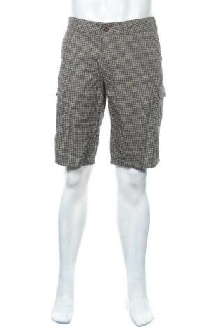 Мъжки къс панталон Quechua, Размер M, Цвят Зелен, 65% полиестер, 35% памук, Цена 16,80лв.