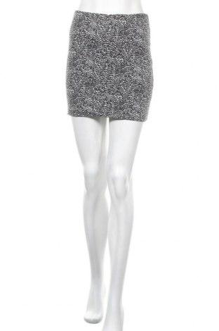 Пола H&M, Размер S, Цвят Черен, 95% памук, 5% еластан, Цена 3,00лв.