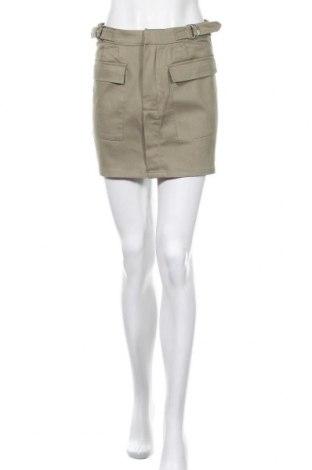 Пола Pull&Bear, Размер M, Цвят Зелен, 97% памук, 3% еластан, Цена 3,44лв.