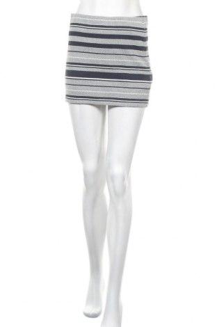 Пола Zara Trafaluc, Размер M, Цвят Син, 94% памук, 5% полиамид, 1% еластан, Цена 5,25лв.