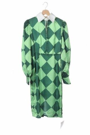 Рокля Glamorous, Размер XS, Цвят Зелен, Полиестер, Цена 26,55лв.