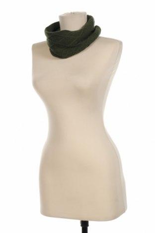 Шал Colmar, Цвят Зелен, 35% полиамид, 30% вълна, 30% вискоза, 5% кашмир, Цена 27,60лв.