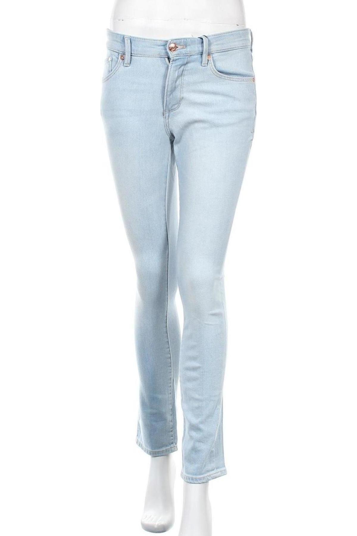 Дамски дънки S.Oliver, Размер S, Цвят Син, 99% памук, 1% еластан, Цена 21,50лв.
