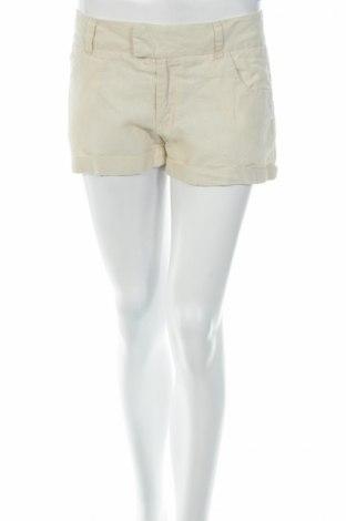 Дамски къс панталон Arden B.