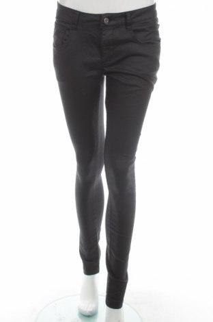 Pantaloni de femei Wow