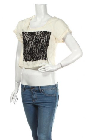 Дамска блуза Antilia Femme, Размер M, Цвят Екрю, 83% вискоза, 17% полиамид, Цена 4,25лв.