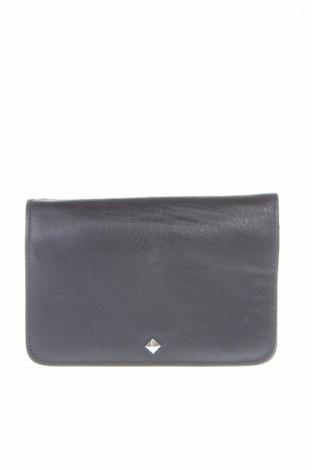 Γυναικεία τσάντα, Χρώμα Μπλέ, Γνήσιο δέρμα, Τιμή 17,81€