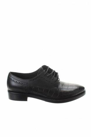 Дамски обувки Geox, Размер 39, Цвят Черен, Естествена кожа, Цена 87,60лв.