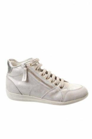 Дамски обувки Geox, Размер 35, Цвят Бежов, Еко кожа, естествен велур, Цена 56,50лв.