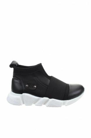 Γυναικεία παπούτσια Versace 19.69 abbigliamento sportivo