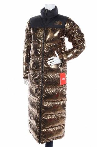 Дамско яке The North Face, Размер XS, Цвят Златист, Полиестер, пух и пера, Цена 447,85лв.