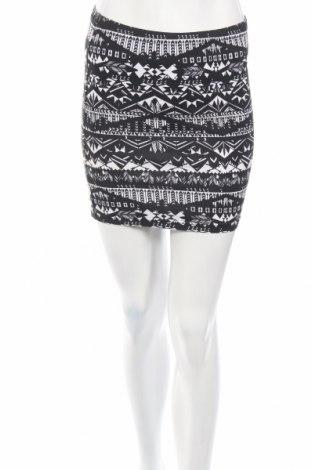 Φούστα One By Gemo, Μέγεθος S, Χρώμα Μαύρο, 95% βαμβάκι, 5% ελαστάνη, Τιμή 3,16€