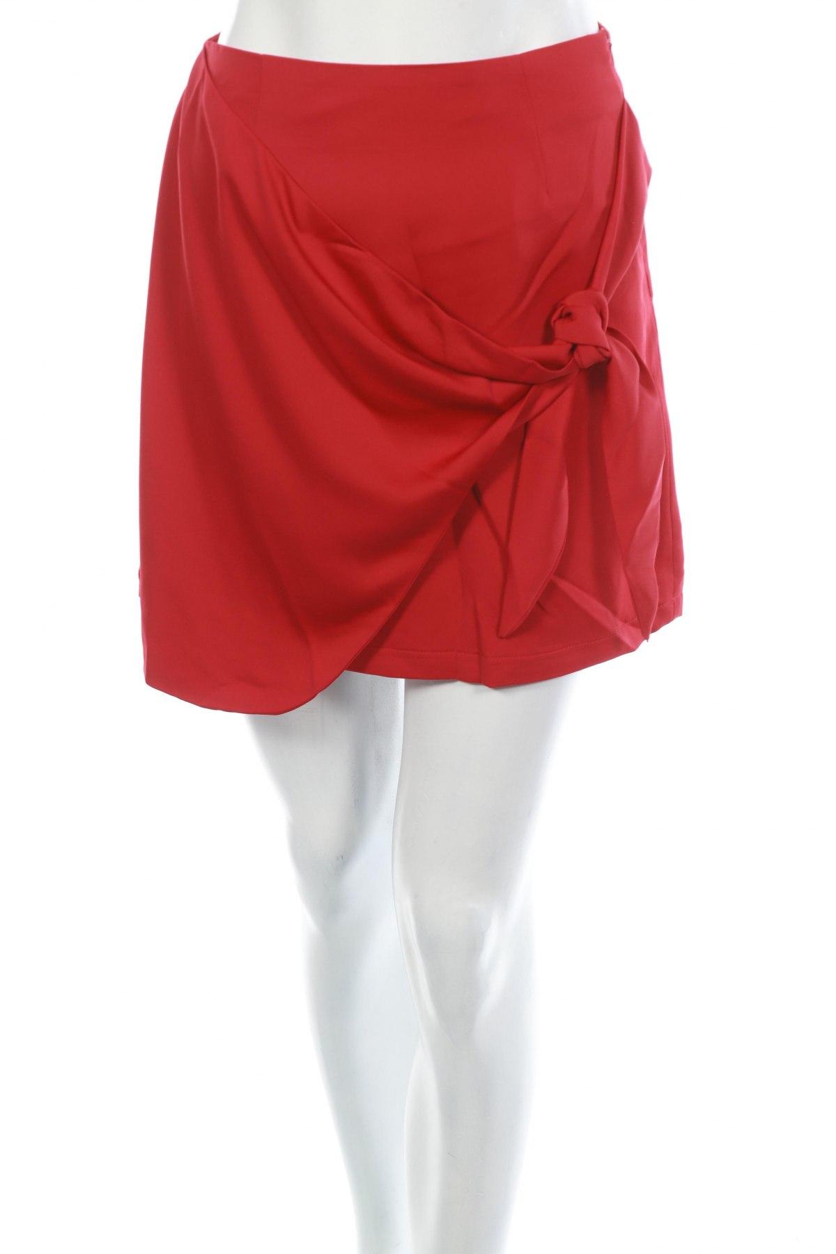 Пола Fashion Union, Размер XS, Цвят Червен, 100% полиестер, Цена 7,84лв.