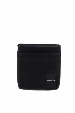 Чанта Calvin Klein Jeans, Цвят Черен, Естествена кожа, Цена 121,72лв.