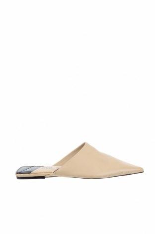 Чехли Zara, Размер 38, Цвят Бежов, Естествена кожа, Цена 59,25лв.