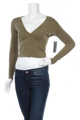 Γυναικεία μπλούζα American Apparel, Μέγεθος S, Χρώμα Πράσινο, 70% μοντάλ, 25% πολυεστέρας, 5% ελαστάνη, Τιμή 10,91€
