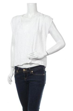 Дамска блуза H&M L.O.G.G., Размер M, Цвят Бял, Вискоза, Цена 15,96лв.