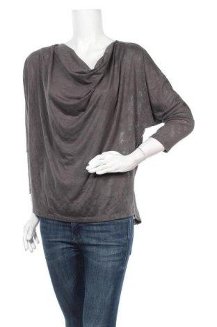 Дамска блуза Mossimo, Размер L, Цвят Сив, 76% полиестер, 24% вискоза, Цена 14,96лв.