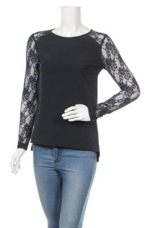 Дамска блуза Object, Размер XS, Цвят Син, 98% полиестер, 2% еластан, Цена 3,00лв.