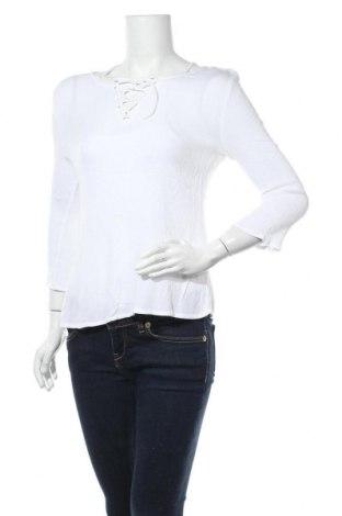 Дамска блуза Zebra, Размер S, Цвят Бял, Цена 4,46лв.